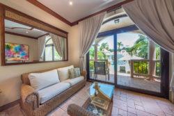 luxury_hotel_room_interior