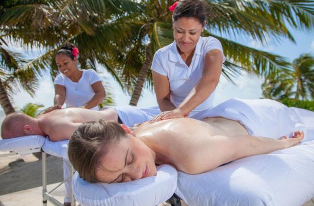 Spa massage in Belize