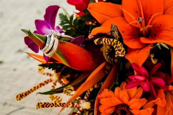Belize Wedding Services, Floral Arrangements - photo by Jose Luis Zapata