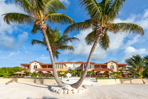 Belizean-Cove-Estates-Beach-and-Front-View