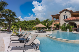 Belizean-Cove-Estates-Lounge