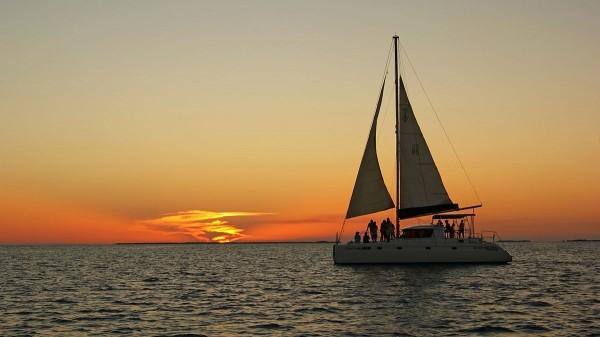 Catamaran Cruises and Sailing Adventures in Belize