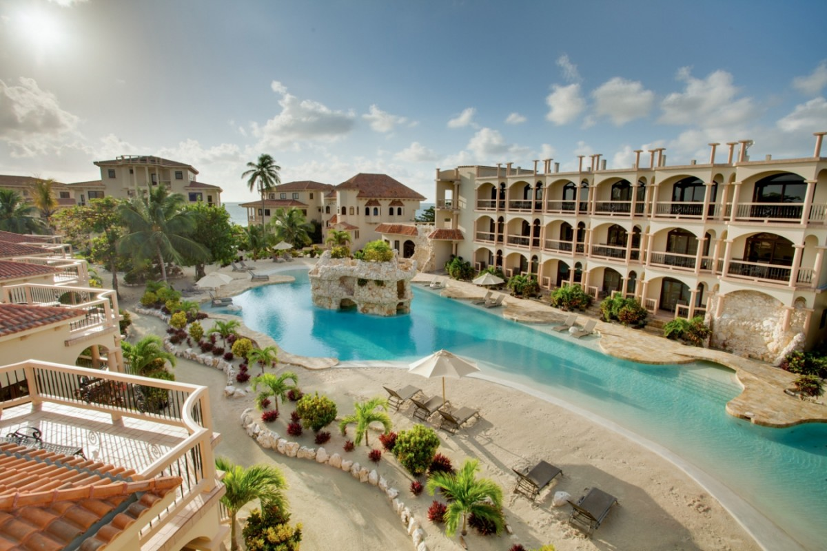 Coco Beach Resort Luxury Belize Large Salwater Pool