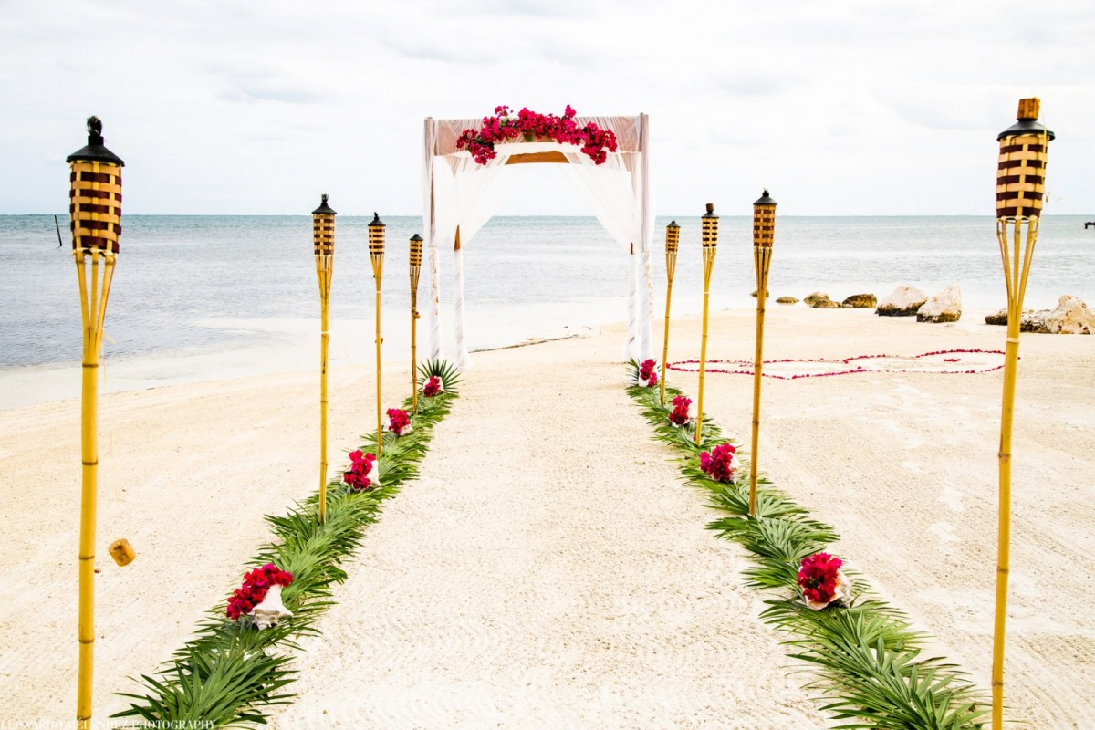 Weddings at Sandy Point Resorts
