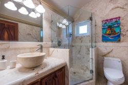 brushstrokes_master_bathroom_2