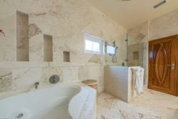 del_mar_master_bathroom_3