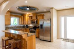 Kitchen and counter in Villa Paraiso