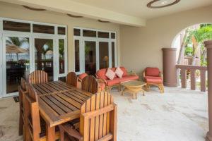 Belizean-Cove-Estates-Balcony