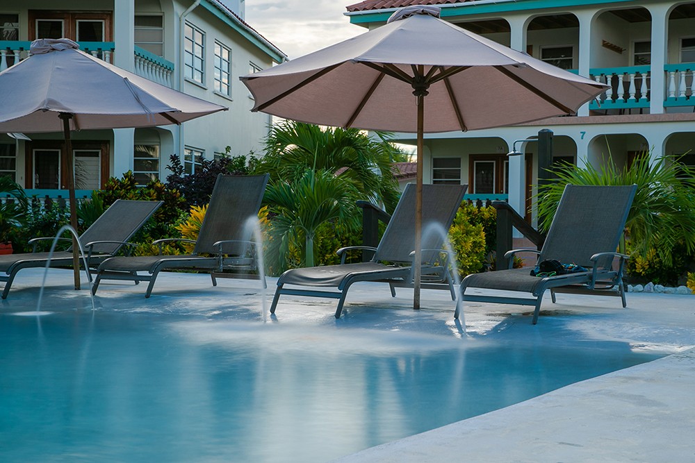 Belizean-Shores-Resort-fountain-Pool