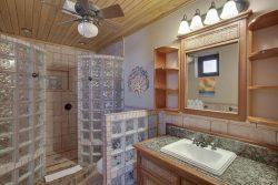 Two Bedroom Luxury Seaview Suites - Bathroom