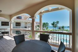 One Bedroom Luxury Seaview Suite - Private Balcony