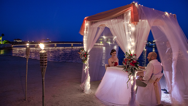 Romantic Candlelight Dinners on the Beach in Belize