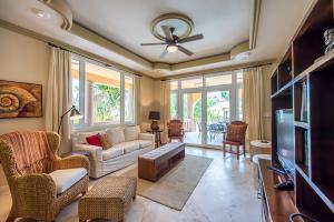 Belizean-Cove-Estates-Villa-Brushstrokes