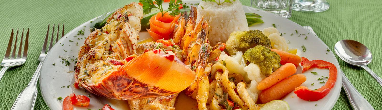 Dining in Belize at Belizean Shores Resort