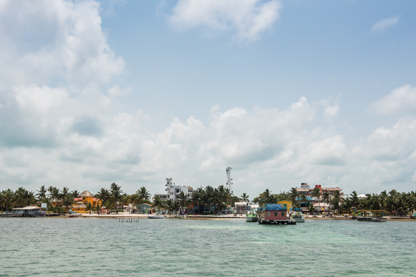 Caye-Caulker-on-the-way-to-San-Pedro-Town