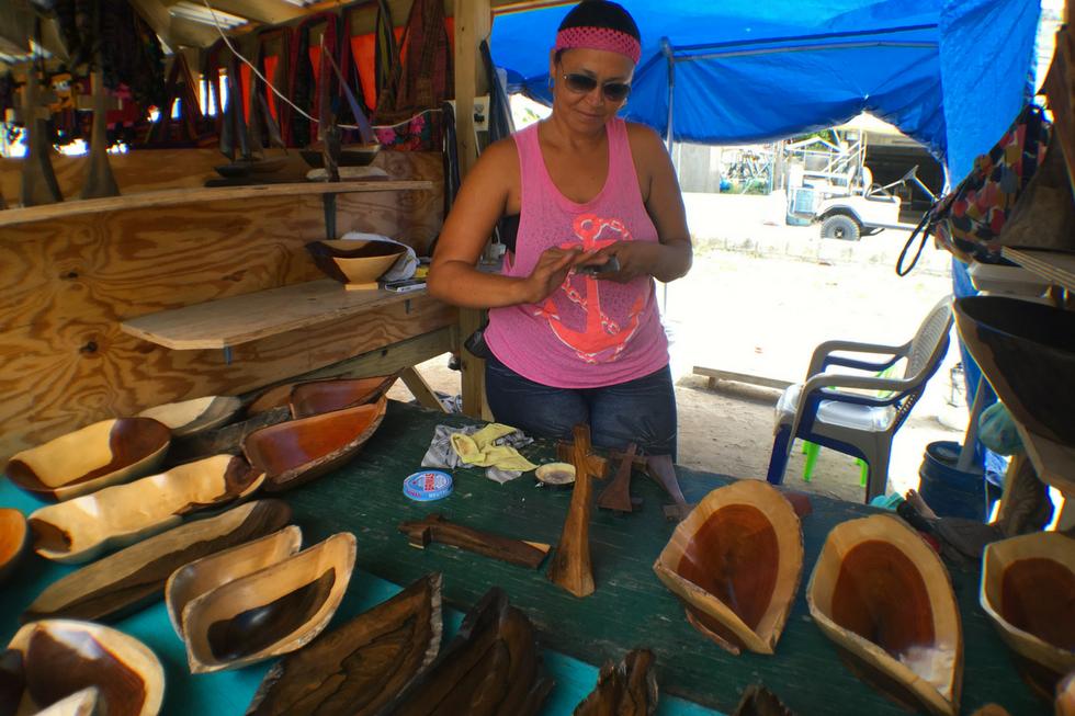 Belize artisan