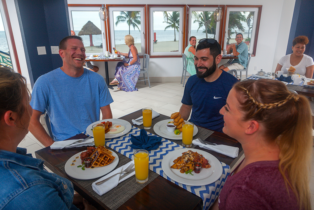 Breakfast-with-friends-in-Ambergris-Caye